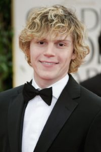 evan peters religion political views
