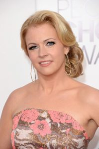 melissa joan hart religion political views