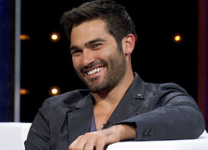 tyler hoechlin religion political views