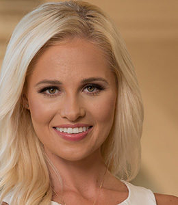 tomi lahren religion hobbies political views
