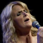 trisha-yearwood-faith-religion-belief-marriages