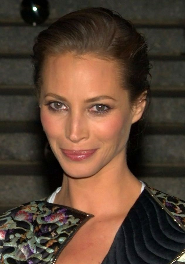 Christy Turlington Her Religion Politics Beliefs