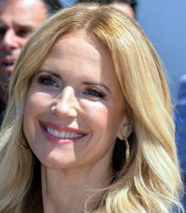 Kelly Preston her religion and relationships